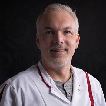 dierenarts Jerry Schutte hond kat reptiel tandheelkunde orthopedie